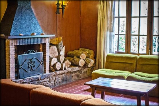 hostal restaurant Avet Blau sala residents allotjament a santa fe del montseny