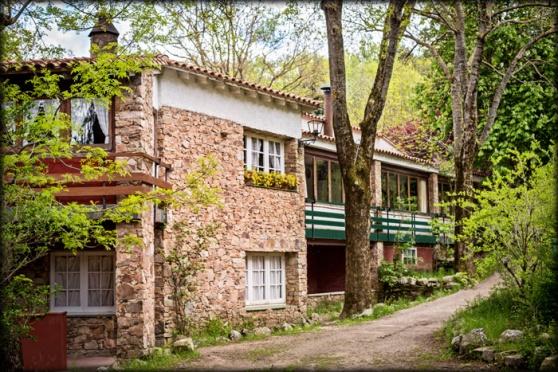 Hostal Restaurant Avet Blau a Santa Fe del Montseny parc natural natura