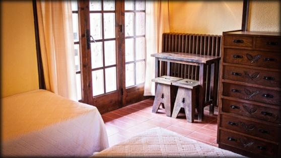 Avet Blau hostal restaurant a santa fe del montseny natura allotjament parc natural