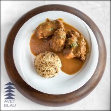 Avet Blau restaurant Montseny Cua de bou amb arròs pilaf